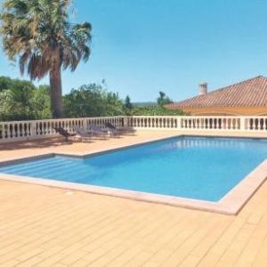 Ferienhaus mit Pool (LGS130) vakantiehuis