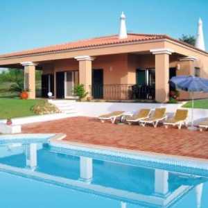 Ferienhaus mit Pool (ADP150) vakantiehuis
